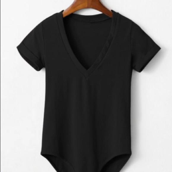 d3db9236b NWT SHEIN V-Neck Bodysuit